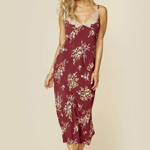 ASTR the label iris midi dress